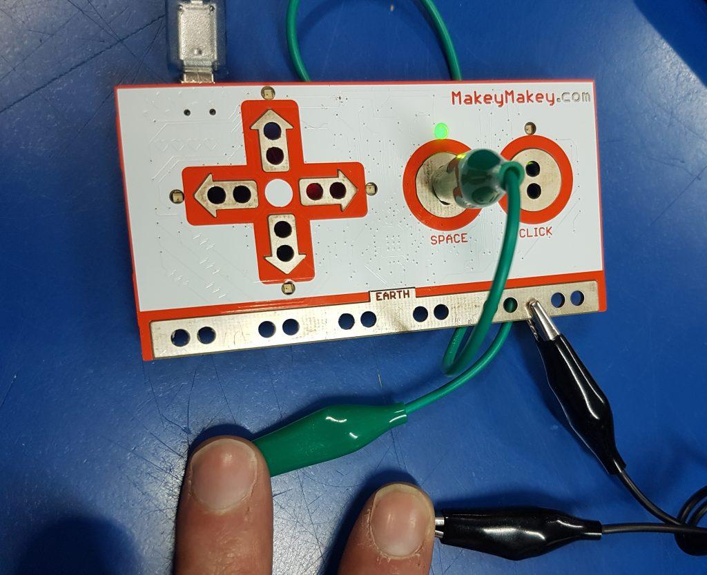 Makey MAkey - Conductividad con cables